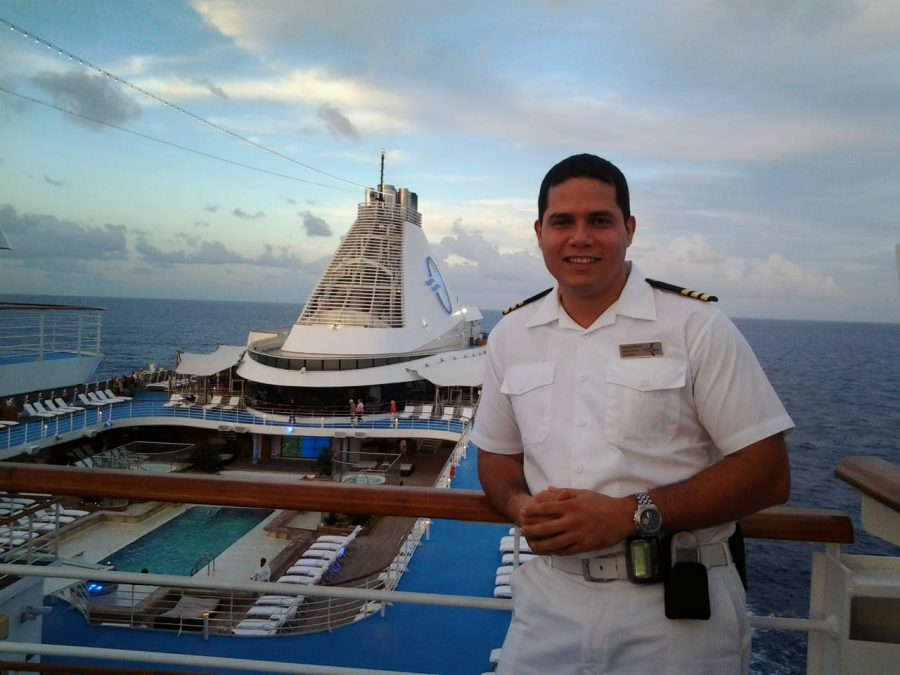 Chief Officer Safety en Oceania Cruise, año 2012